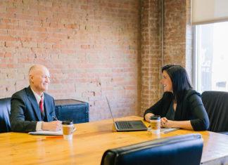 Budowanie relacji z klientem a CRM